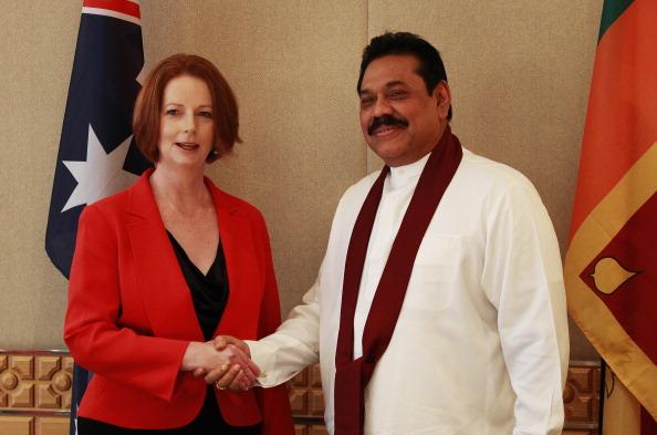Mahinda Rajapaksa__with_Julia_Gillard_Perth_October_27_2011