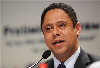 Orlando Silva_at_World_Cup_draw_July_29_2011