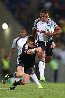 Fiji v_New_Zealand_Gold_Coast_Sevens_final_November_26_2011