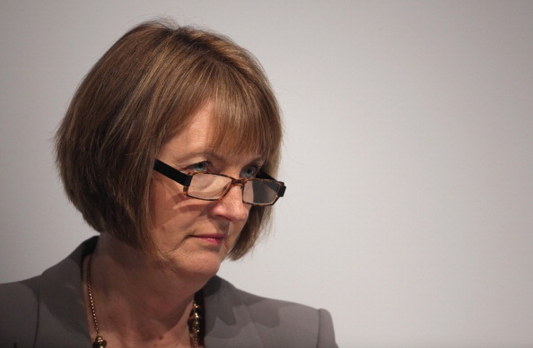 harman single women In 1998 harman headed up new labour's controversial cut to single parent benefit despite the majority of those affected being women [16] [17] [18] there was public outcry at this perceived attacked on the living standards of some of the poorest women.