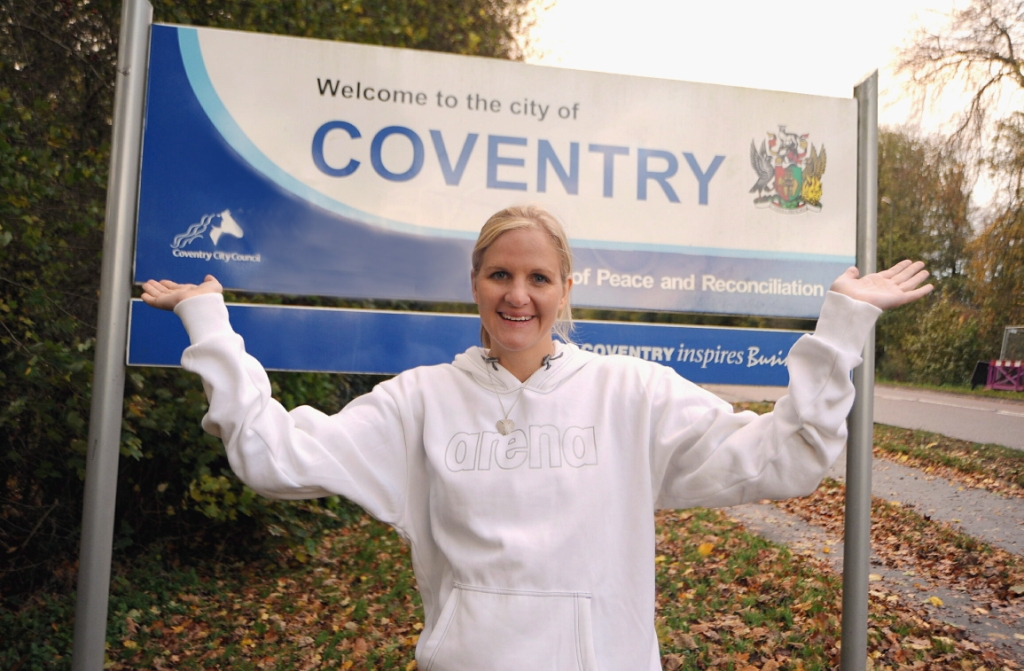 Kirsty _Coventry_sign_21-11-11