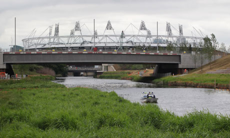 Olympic Stadium_view_from_canal_with_bridge