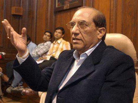 Vijay Kumar_Malhotra_28-11-11