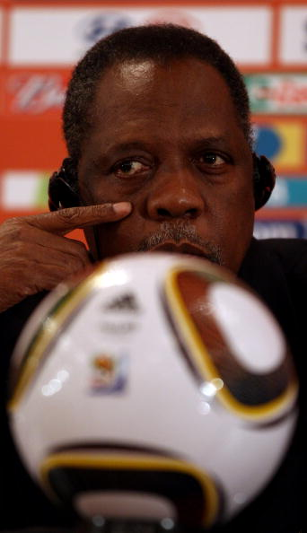 Issa Hayatou_behind_ball_South_Africa_2010