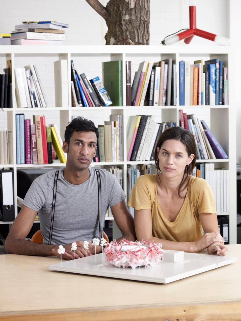 Pernilla _Asif_with_Coca-Cola_Beatbox_model