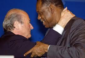Sepp Blatter_hugging_Issa_Hayatou