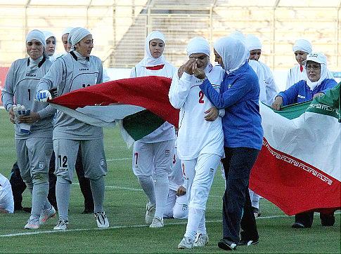 Iran football_in_tears_2_after_hijab_ban_Amman