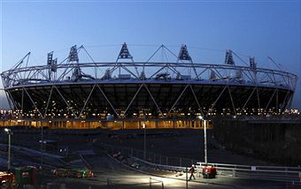 London 2012_Olympic_Stadium_at_night_January_26_2012