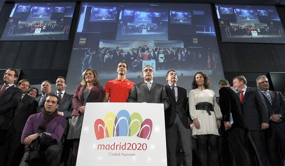 Madrid 2020_bid_team_with_logo