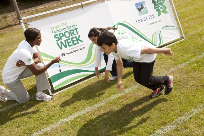 denise-lewis-at-national-schools-sports-week 24-01-12