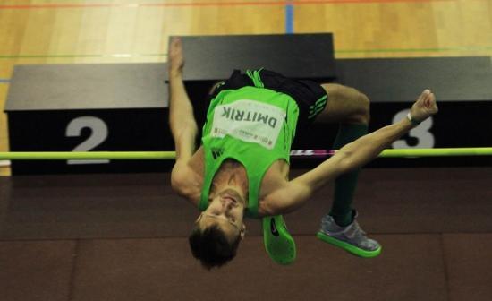 Aleksey Dmitrik_jumping_January_2012