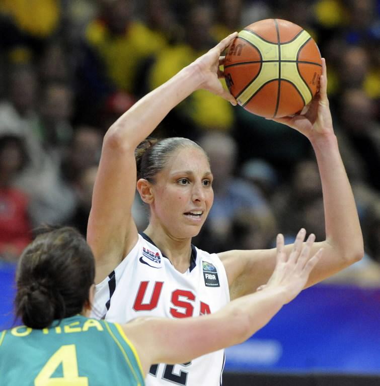 Diana Taurasi_playing_in_Olympics