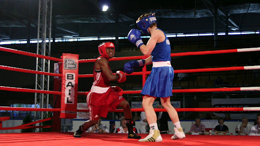 Nicola Adams_boxing_in_shorts