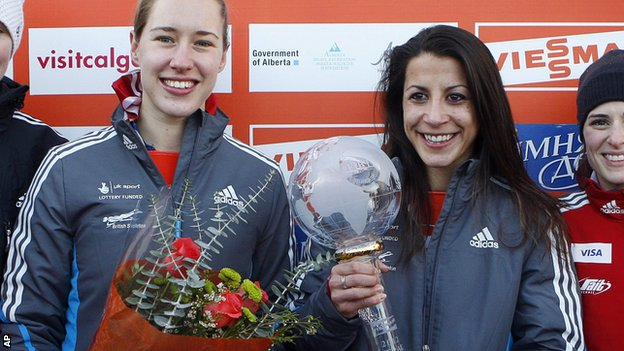Shelley Rudman_with_World_Cup_trophy