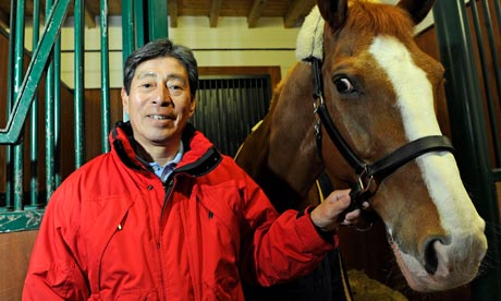 Hiroshi Hoketsu_with_horse
