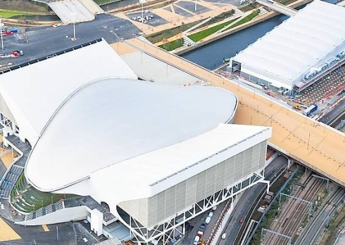 London 2012_Aquatics_Centre_from_air
