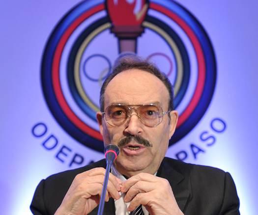 Mario Vzquez_Raa_re-elected_President_of_PASO