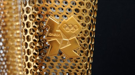 London 2012_Olympic_Torch_profile