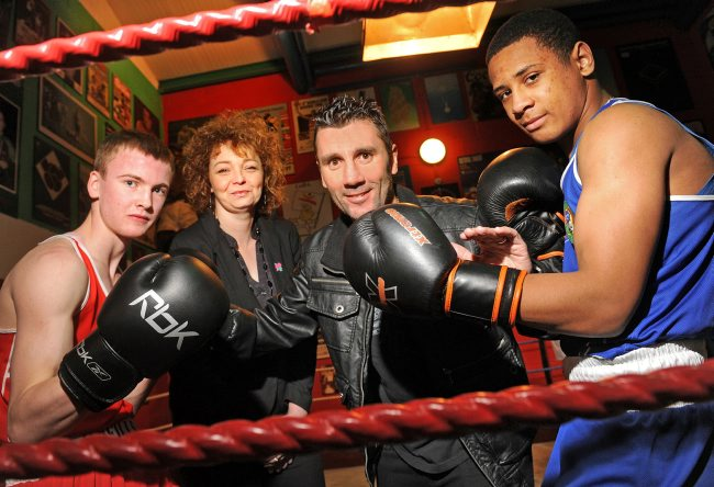 Northern Ireland_signs_deal_with_Cuba_for_London_2012_training_camp_April_2012