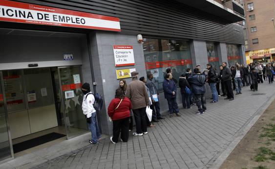 Unemployment queue_in_Spain