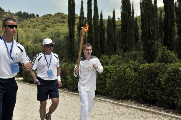 Alex Loukas_from_Britain_with_torch_May_10