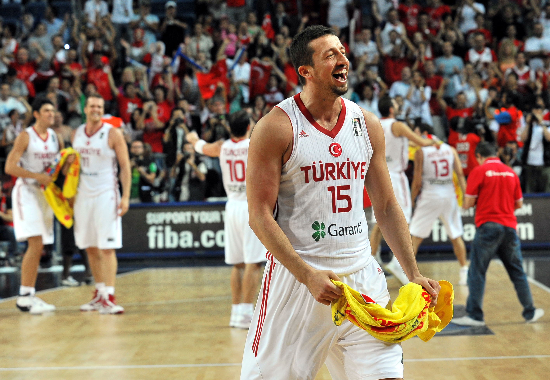 Hidayet Hido_Turkoglu_playing_for_Turkey