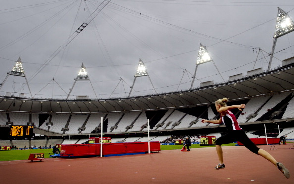 London 2012_Olympic_Stadium_test_event_high_jump_May_4_2012