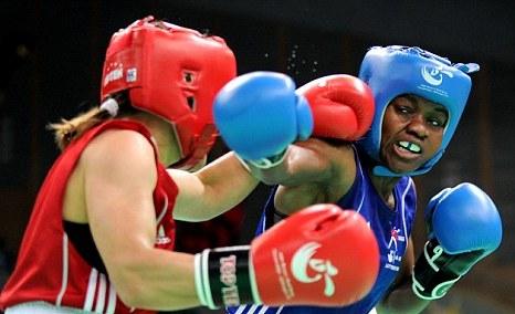 Nicola Adams_fighting_at_World_Championships_in_China