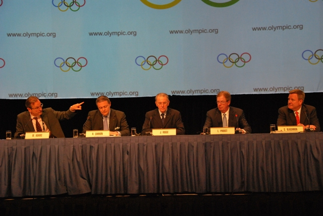 USOC and_IOC_sign_revenue_sharing_agreement_Quebec_City_May_24_2012