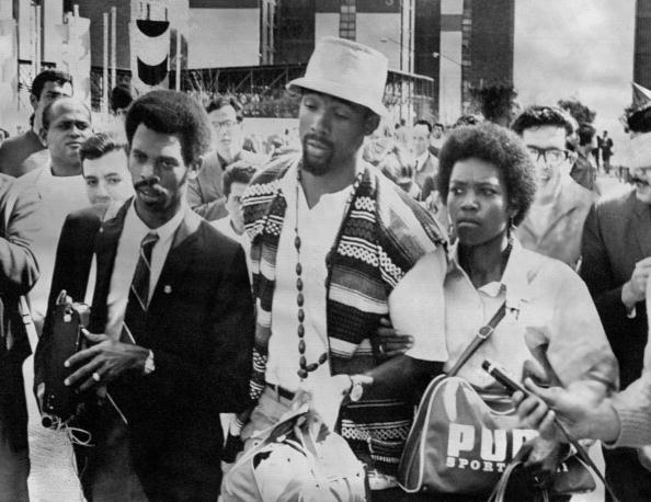 john carlos_c_and_wife_after_being_suspended_at_mexico_city_1968_21-05-12