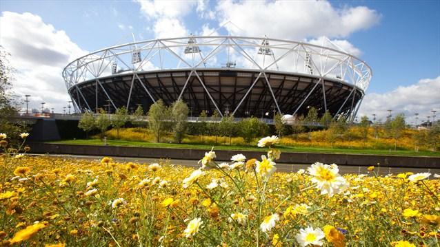 london 2012_olympic_stadium_spring_03-05-12
