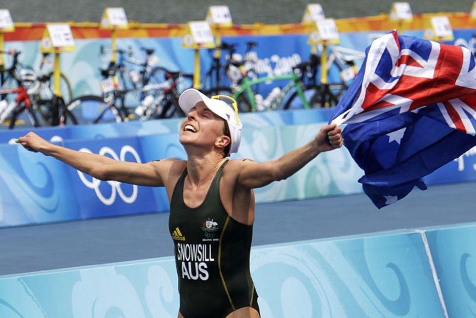 Emma Snowsill_wins_Beijing_2008_triathlon