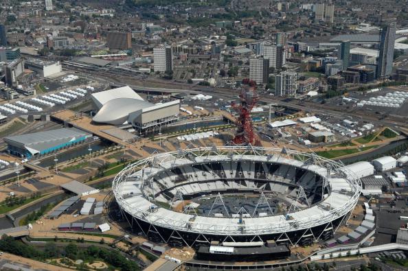 London 2012_Olympic_Stadium_from_air_June_2012