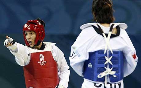 Sarah Stevenson_protests_over_juding_Beijing_2008