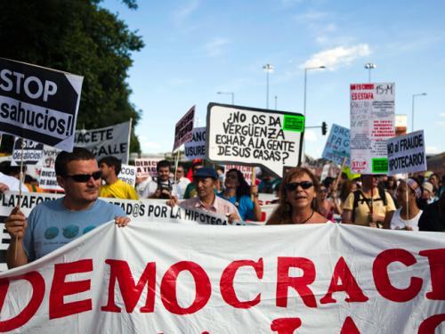 Spain protestors_against_economic_crisis