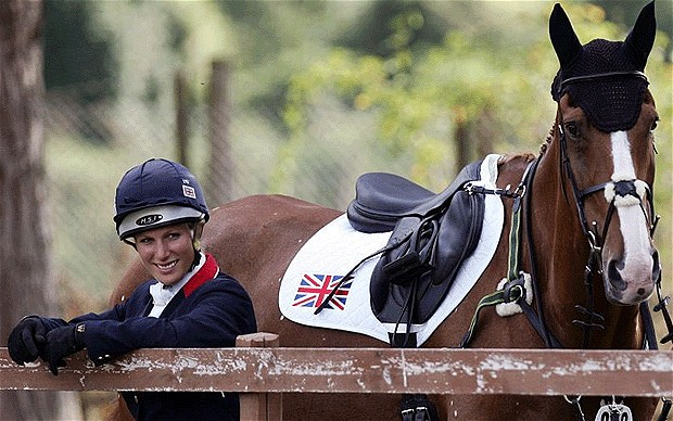 Zara Phillips_with_horse
