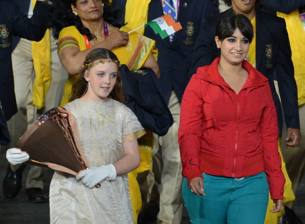 India Opening_Ceremony_parade_unidentified_woman_29-07-12