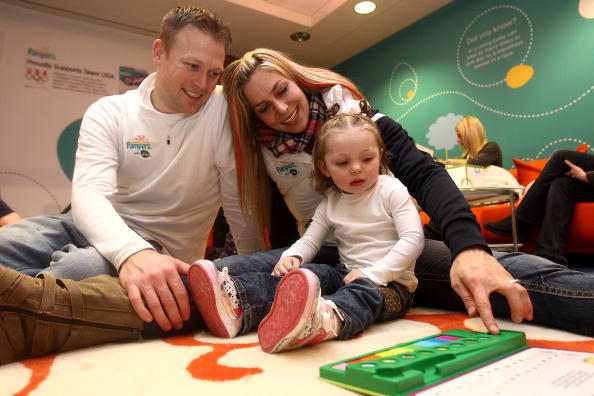 Slider Noelle_Pikus-Pace_plays_with_her_husband_Janson_Pace_and_their_daughter_Jacee_at_the_PG_Family_Home_on_Februiary_14_2010_during_the_Olympic_Winter_Games_in_Vancouver_25-07-12