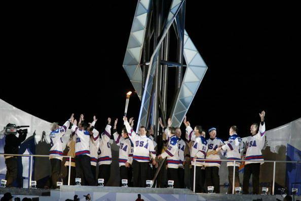 USA hockey_team_lighting_Olympic_flame_Salt_Lake_City_2002