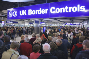 heathrow border_control_19-07-12