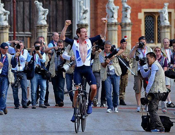 Bradley Wiggins_celebrates_winning_mens_individual_time_trial_road_cycling
