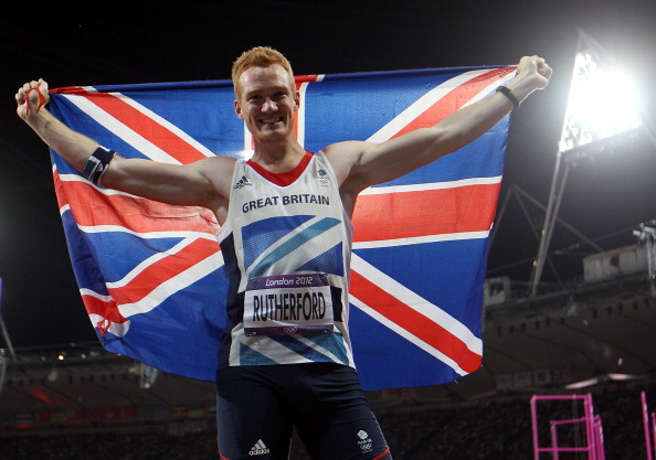 Greg Rutherford_with_Team_GB_flag_London_2012_August_4_2012