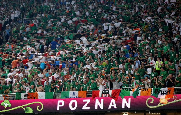 Ireland fans_doing_the_Poznan_during_Euro_2012
