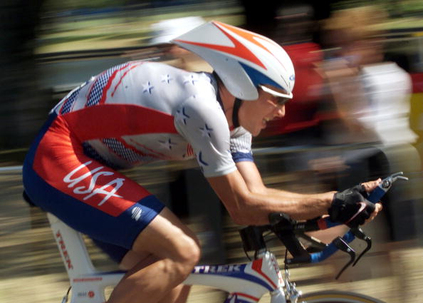 Lance Armstrong_time_trial_Sydney_2000