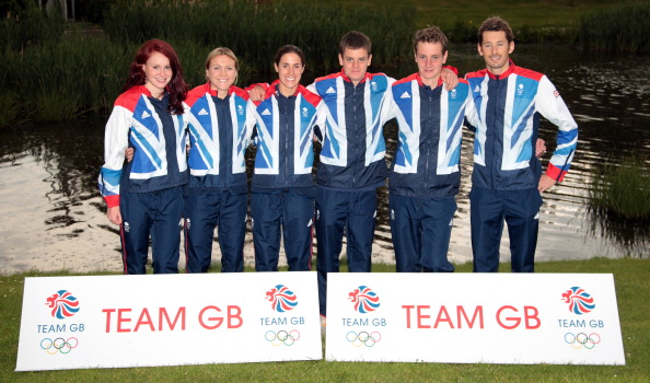 Lucy Hall_Vicky_Holland_Helen_Jenkins_Jonathon_BrownleeAlister_Brownlee_and_Stuart_Hayes_members_of_the_GB_Triathlon