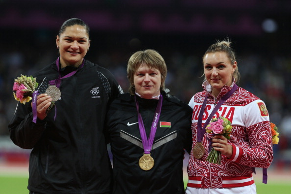 Nadzeya Ostapchuk_on_podium_at_London_2012_August_6_2012