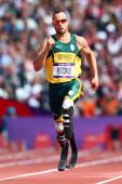 Oscar Pistorius_running_in_Olympics_London_2012_August_4