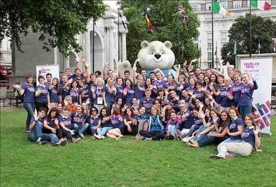 Sochi 2014_volunteers_at_London_2012_August_18_