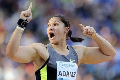Valerie Adams_celebrates_victory