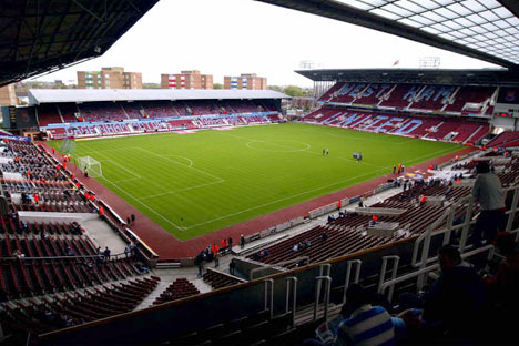West Ham_United_-_Upton_Park_12_August